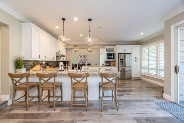 Comment bien protéger votre logement durant vos absences?