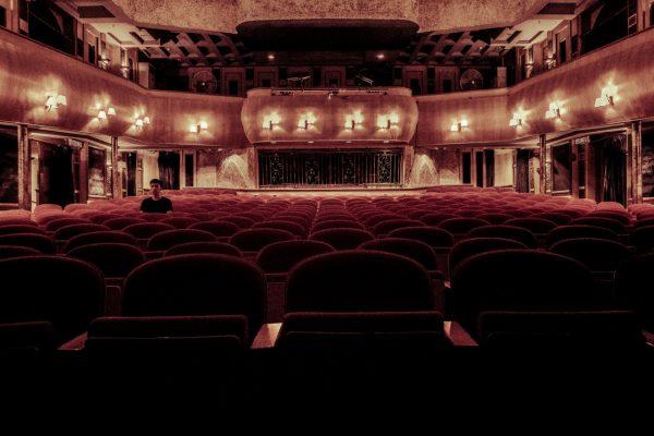 Cours théâtre à Paris, comment le choisir?